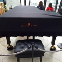 東急プラザのスタインウェイフルコンサートグランドピアノ