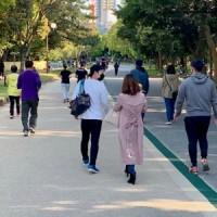 福岡市大濠公園の遊歩道